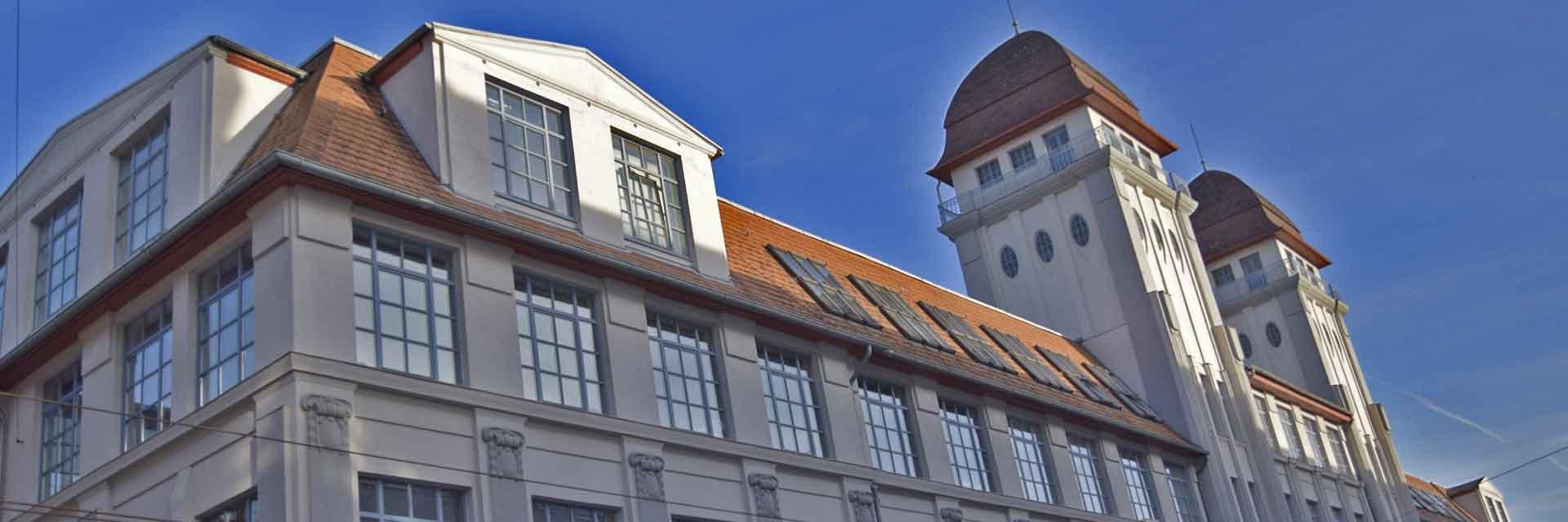 Standorte Berlin und Bielefeld